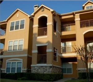 Bristol Oaks Apartment Building View